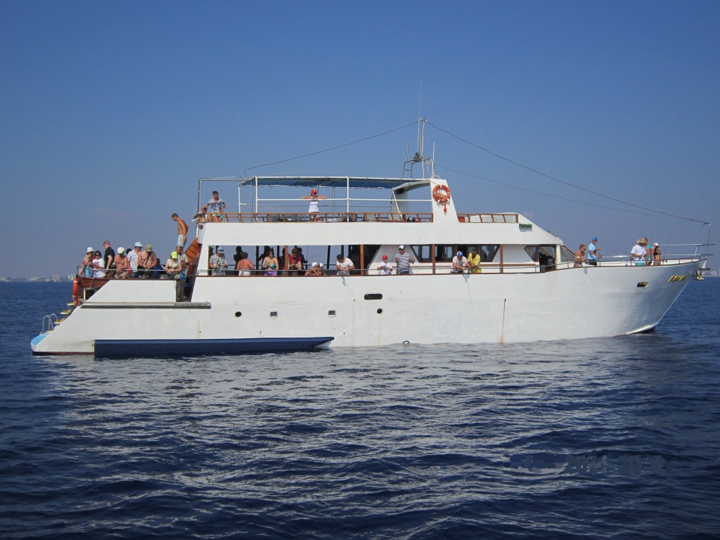 Yacht for 80 people for rent in Larnaca