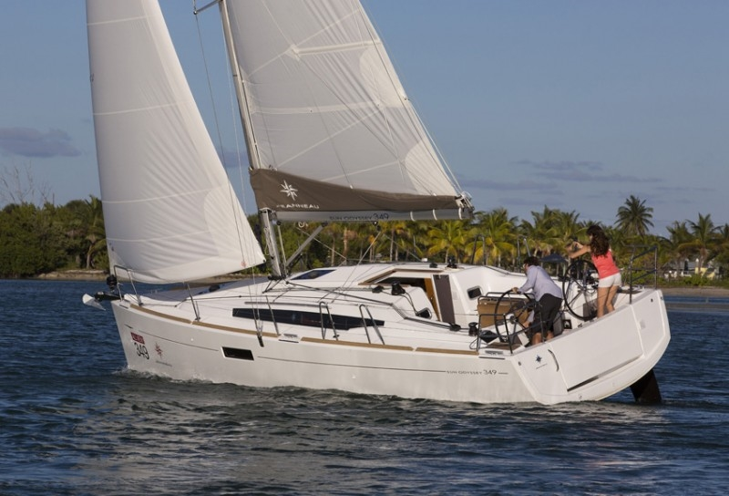 Yacht Jeanneau 349 for hire in Latchi