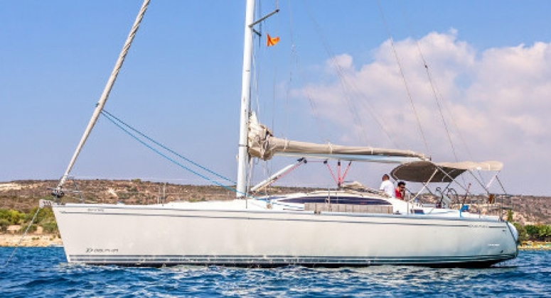 SDailing yacht Delphia for hire in Cyprus